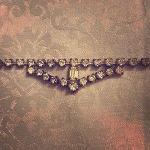 Jewelry - Rhinestone antique necklace.